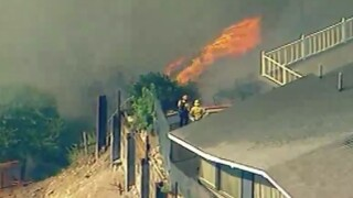 pacific_palisades_fire2_102119.jpg