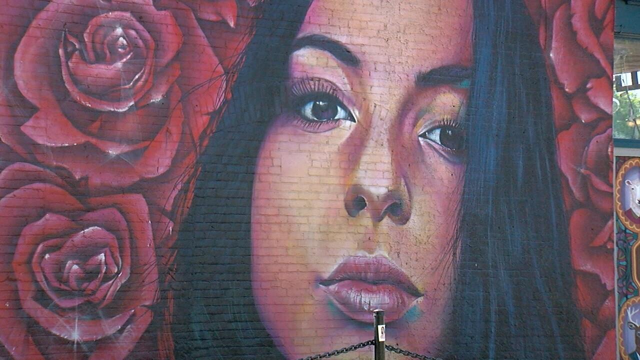 isabella thallas mural.jpg