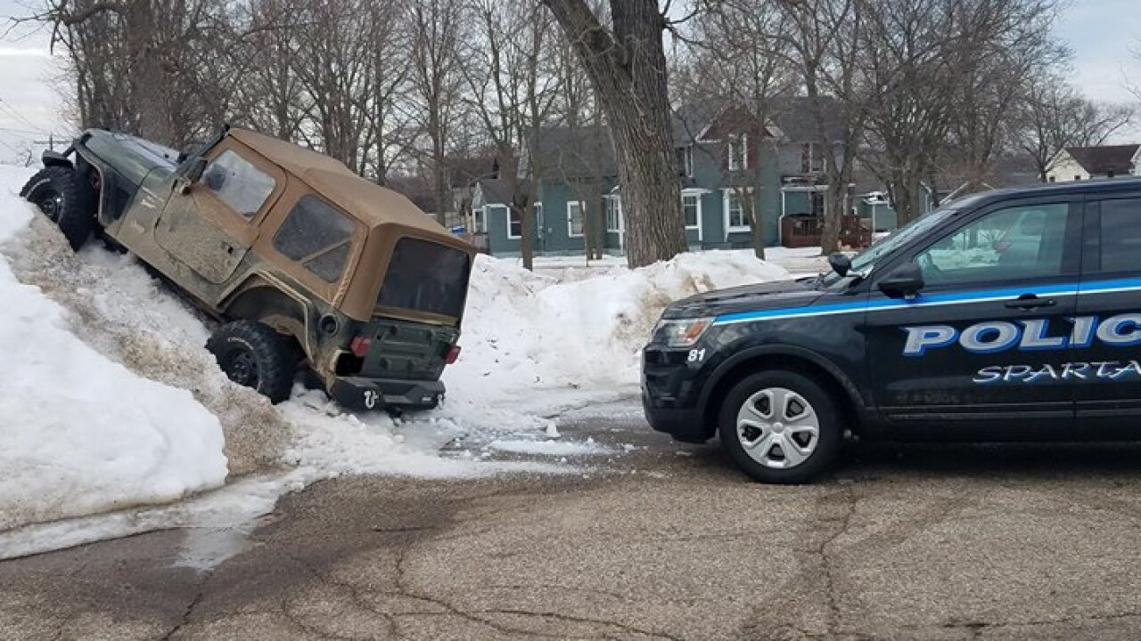 Jeep In Snow >> Jeep Driver In Sparta Gets Creative With Parking Spot In Snow