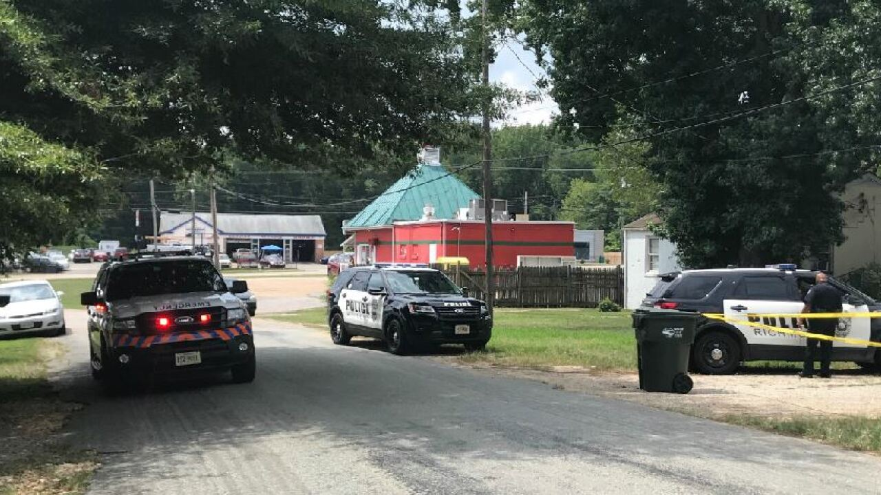 10-month-old girl dies after she's left in hot car outside Richmond grocerystore