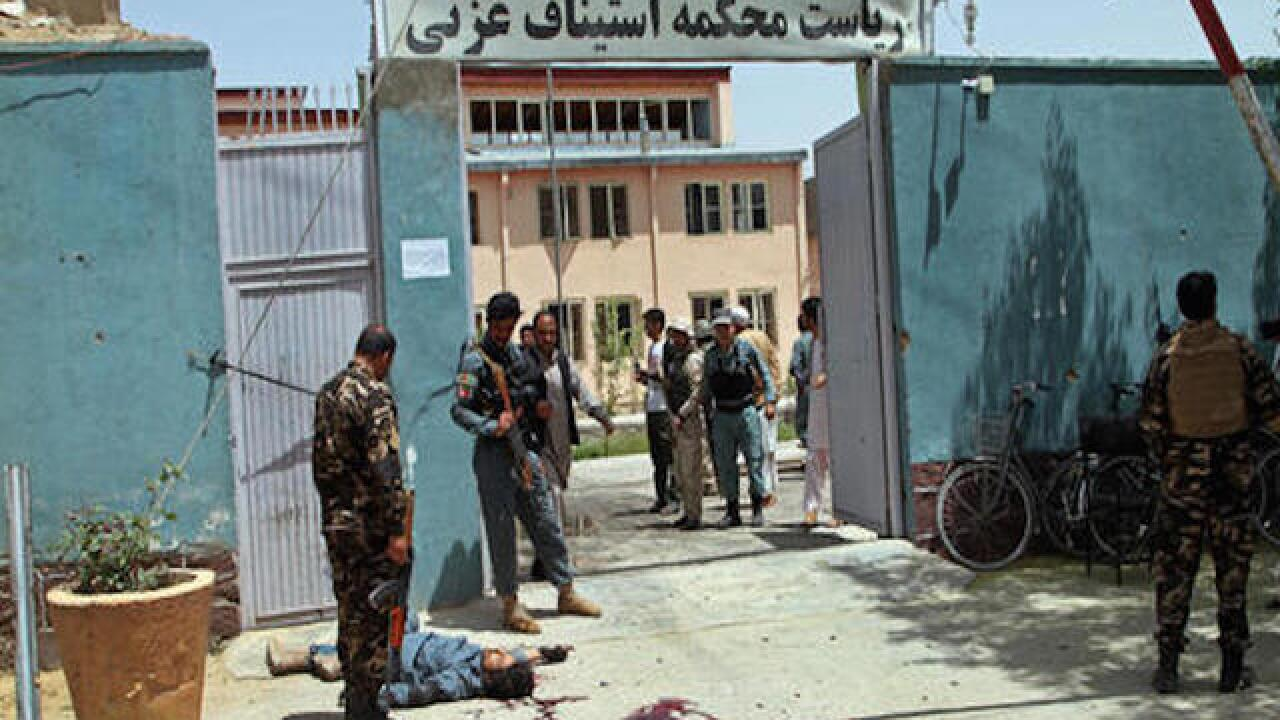 Taliban hit court in east Ghazni, killing 6