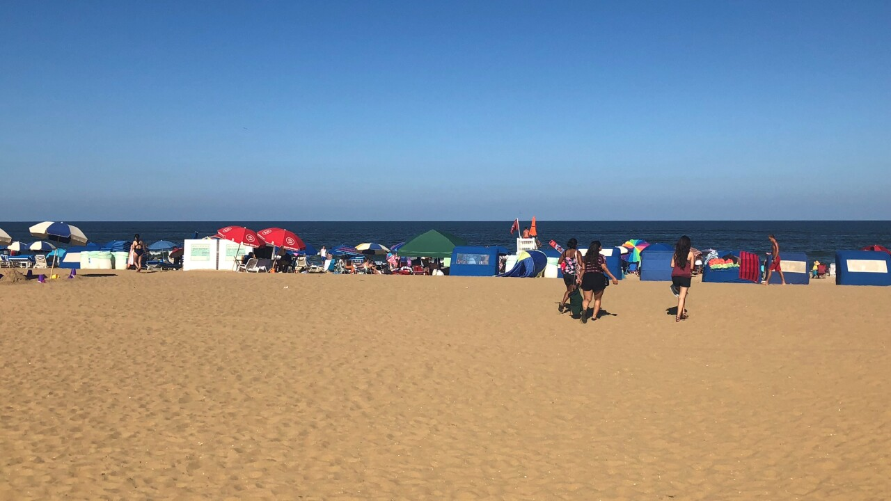 Tourists flock to Virginia Beach Oceanfront for Labor Day