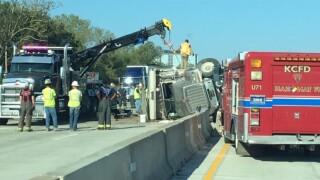 overturned dump truck i-435.jpg