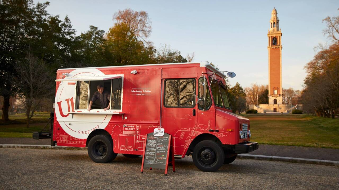 New Ukrop's food truck serves classic Richmond food