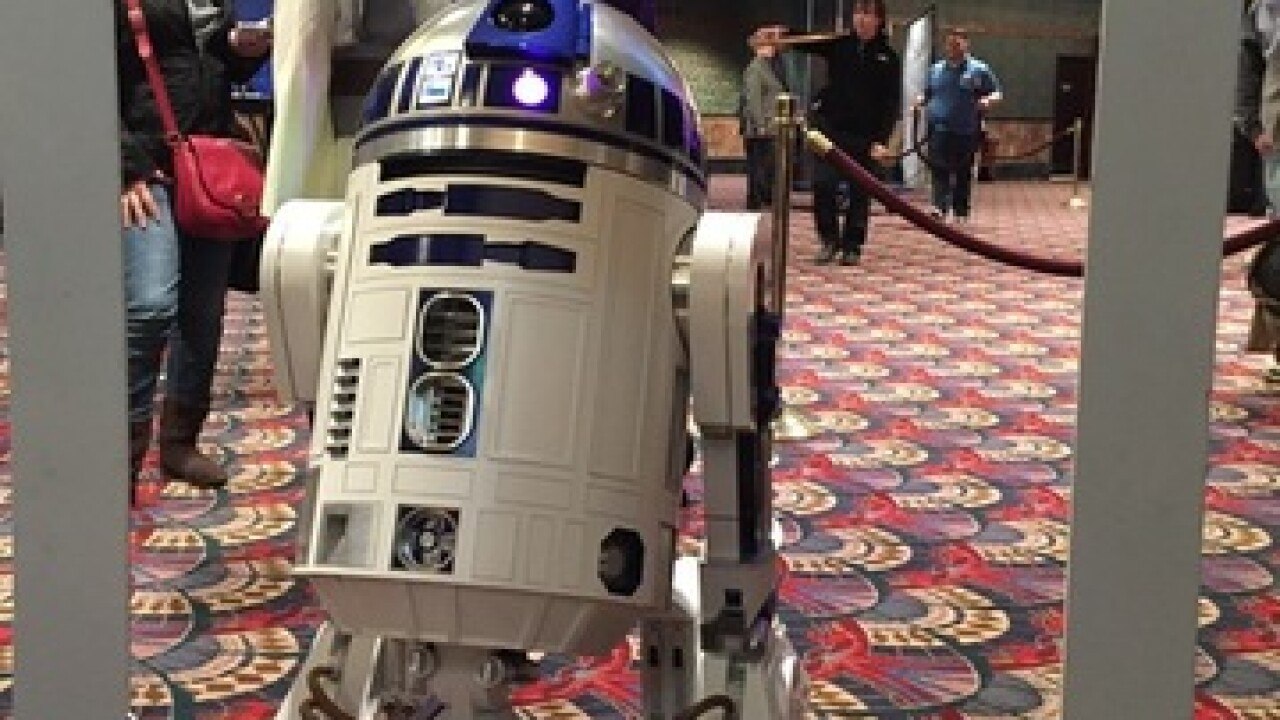 Fans line up for 'Star Wars: The Force Awakens'