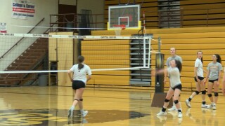Helena Capital volleyball happy with undefeated regular season, ready for playoffs