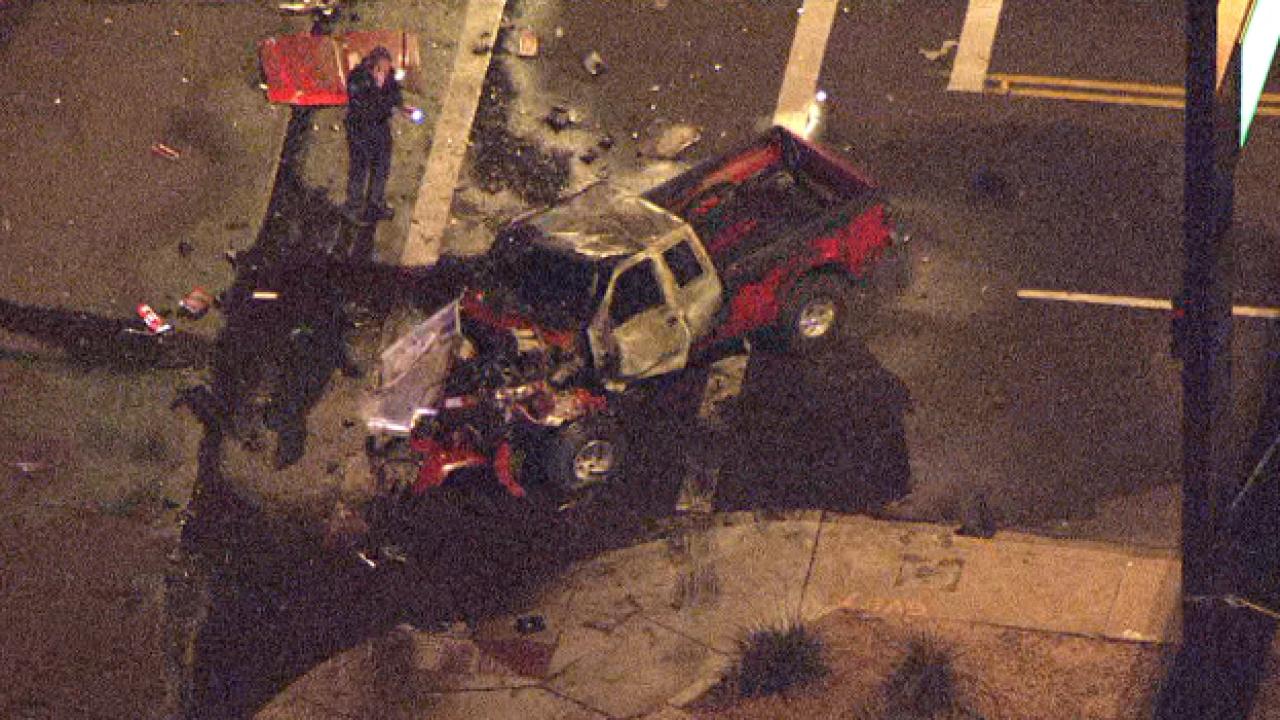 Single car crash at 48th Street and Roeser