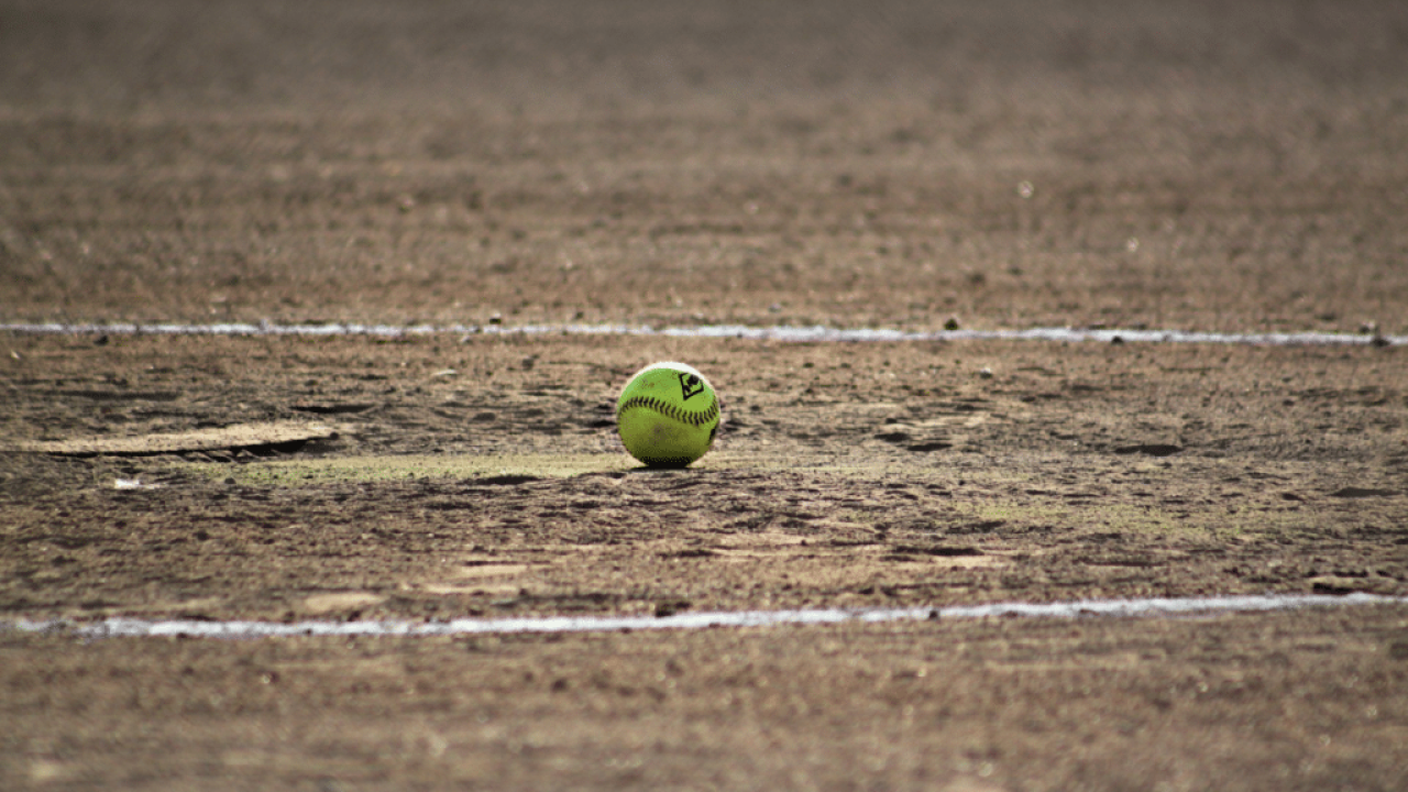2019 divisional softball scores, pairings
