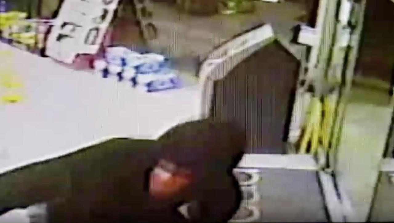 clarksville robbery