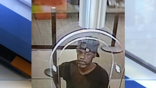 Bank robber caught after handing teller note with his name and address