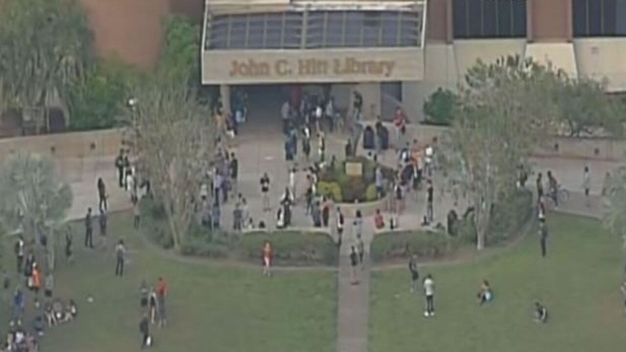 Police investigate possible gunman at UCF