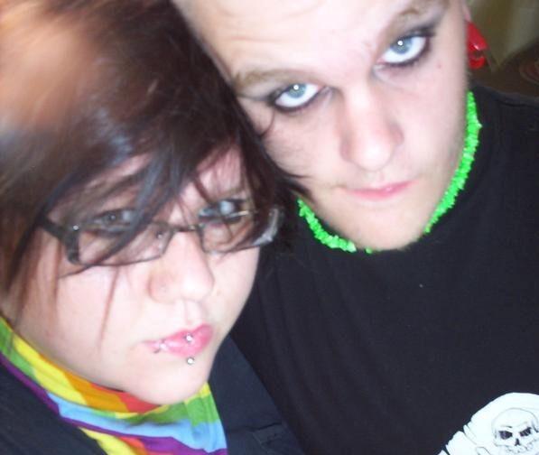 Kayla_McClain_and_friend_2007_photo.jpg