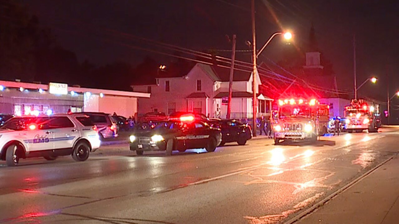 4 people hospitalized following bar shooting