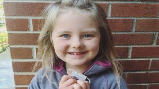 A 7-year-old Girl Lost A Tooth And Asked Her Mom To Sew A Tiny Face Mask For The Tooth Fairy