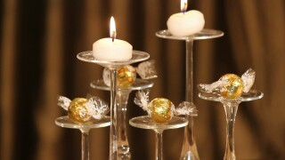 Learn how: DIY New Year's Eve party decor