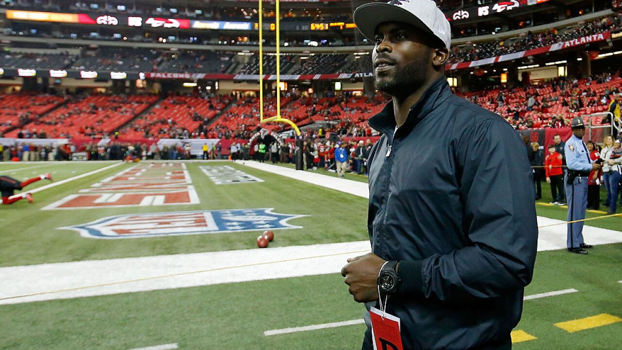 Michael Vick's father one of 12 indicted in Hampton Roads drug bust