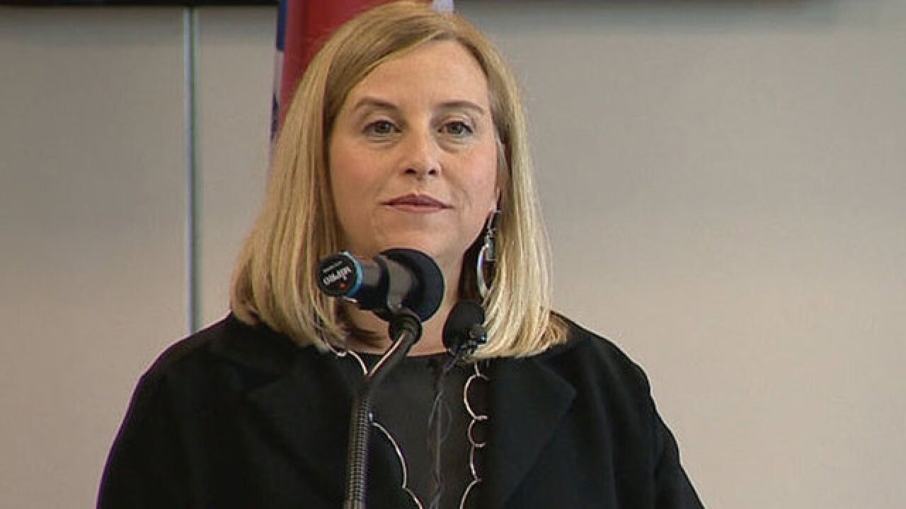 Group Pledges Recall Petition If Mayor Barry Doesn't Step Down