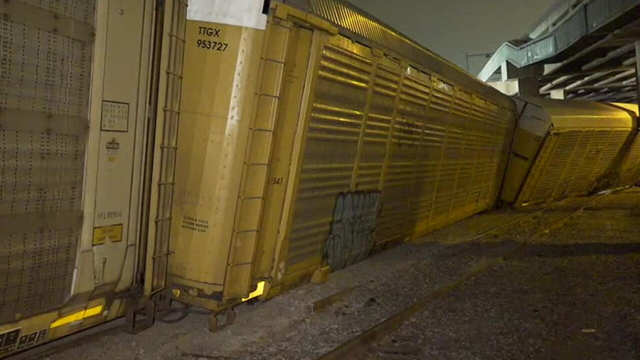 train_derail_110719.jpg