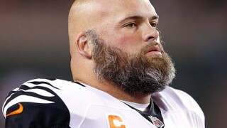Reports: Andrew Whitworth to sign with LA Rams