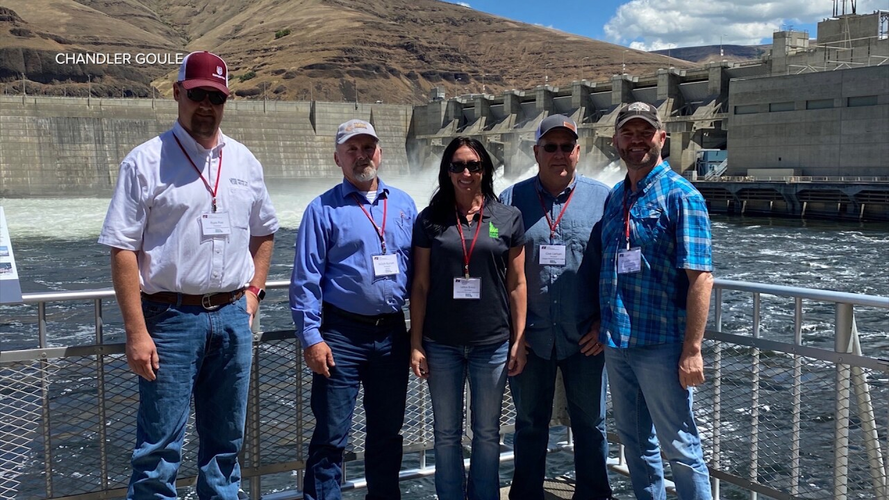 6.20.21 Tour Highlights Important Role Dams Play in Moving Commodities by Water in the Pacific Northwest.jpg