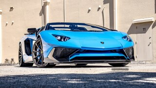 Lamborghini: Italian styling, driving dynamics, technology