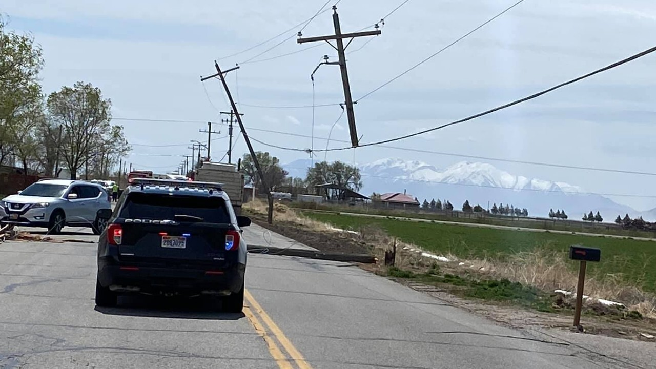 Syracuse Power Poles.jpg
