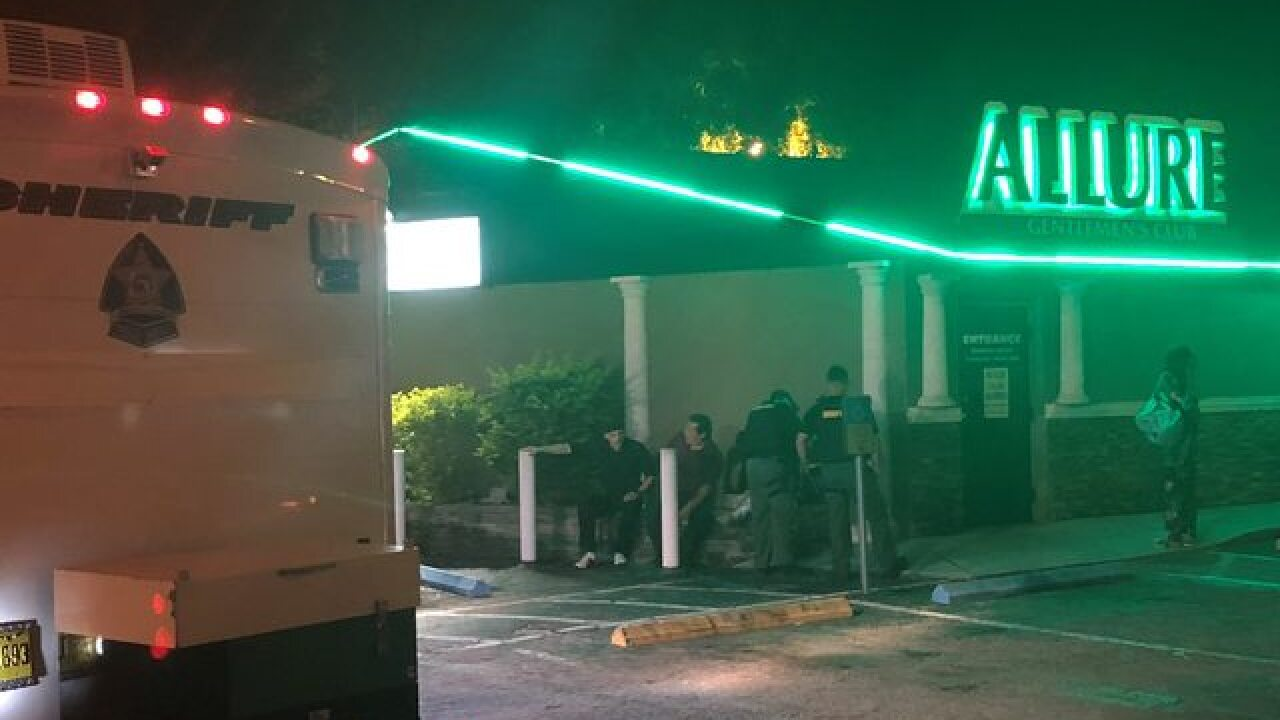 Tampa Strip Clubs >> 14 Arrested In Operation At 3 Different Strip Clubs In Pasco