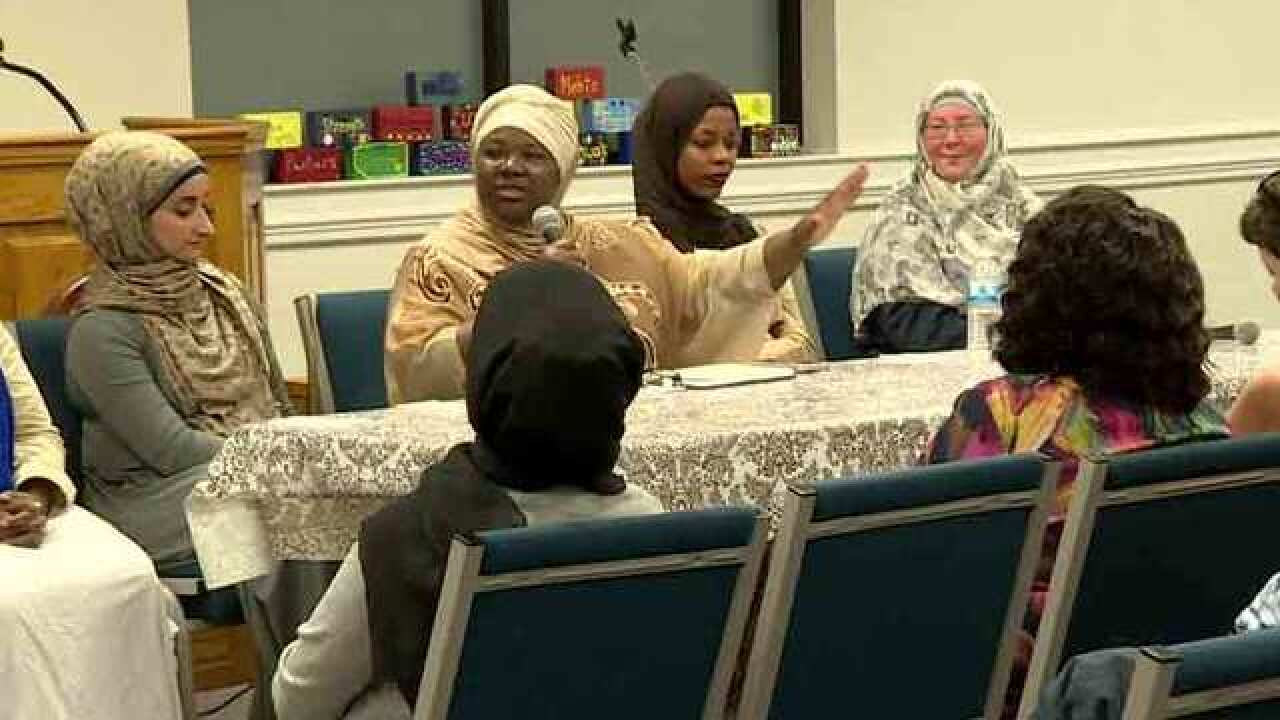 Local Muslim Women Discuss National Issues