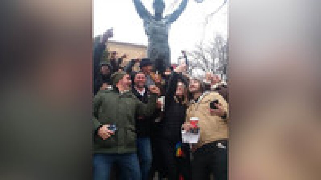 Sylvester Stallone surprised a group of high school students at his 'Rocky' statue in Philadelphia