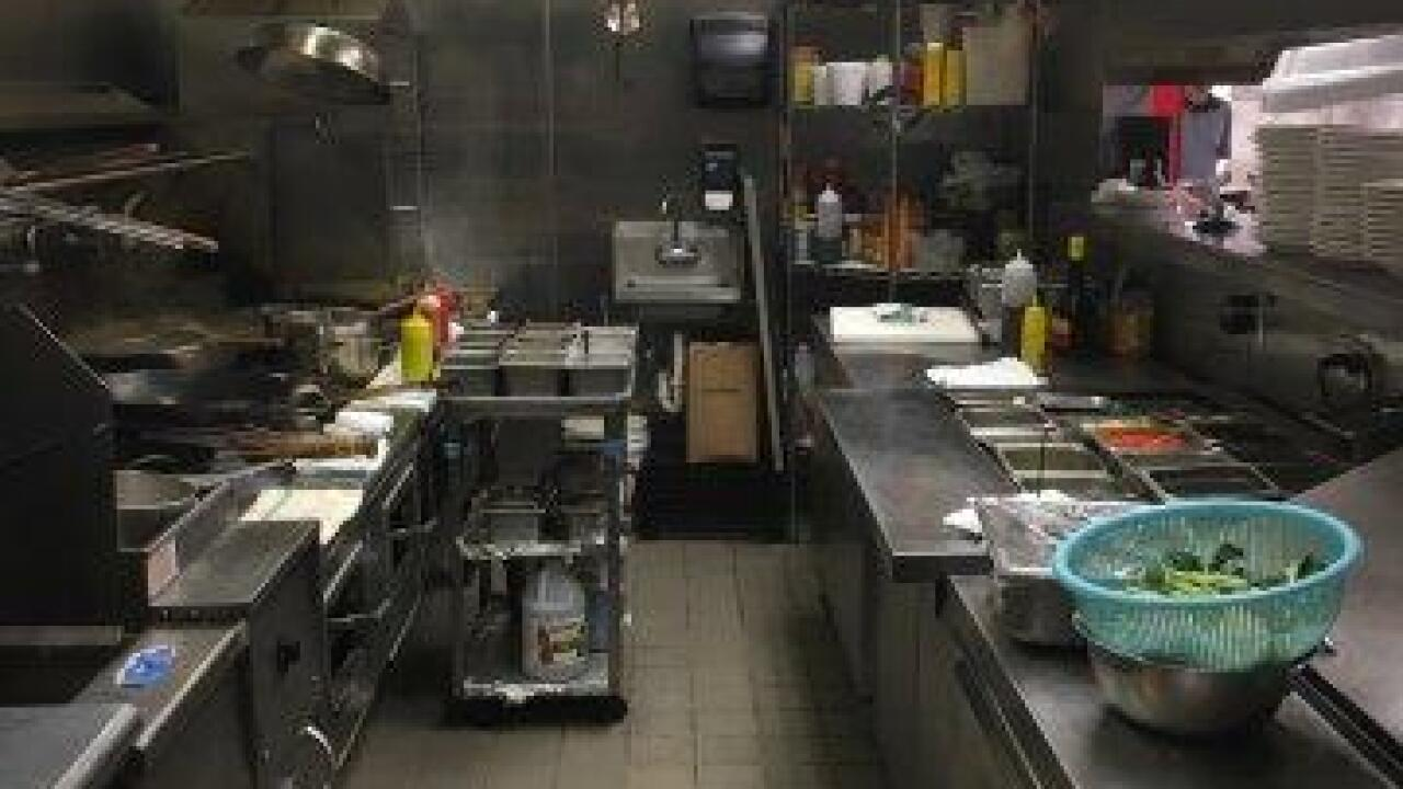 BBQ King and Green Valley Grocery | Dirty Dining