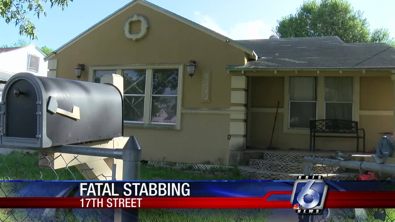 Intruder shot in botched robbery attempt