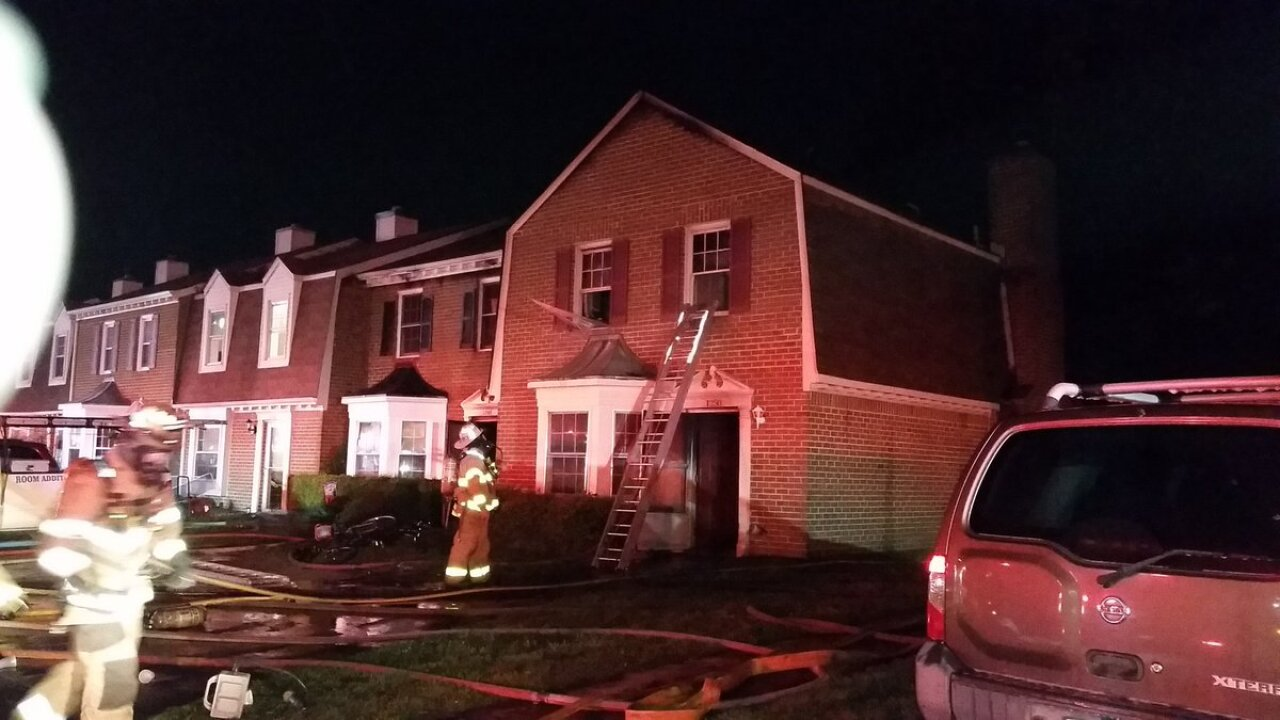 Two families displaced in early morning Chesapeake fire