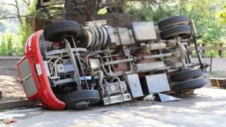 Sewage truck crash 02.jpg