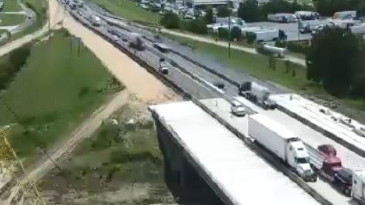 tractor trailer on I-10 at Breaux Bridge