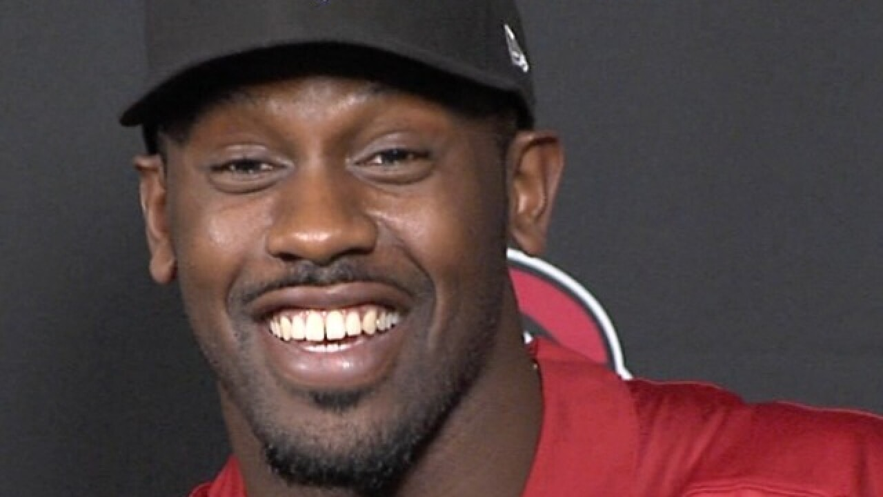 'Too powerful' Chandler Jones looks to do even more damage at a different position