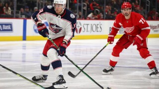 Dubois' goal in 3rd period helps Blue Jackets beat Red Wings