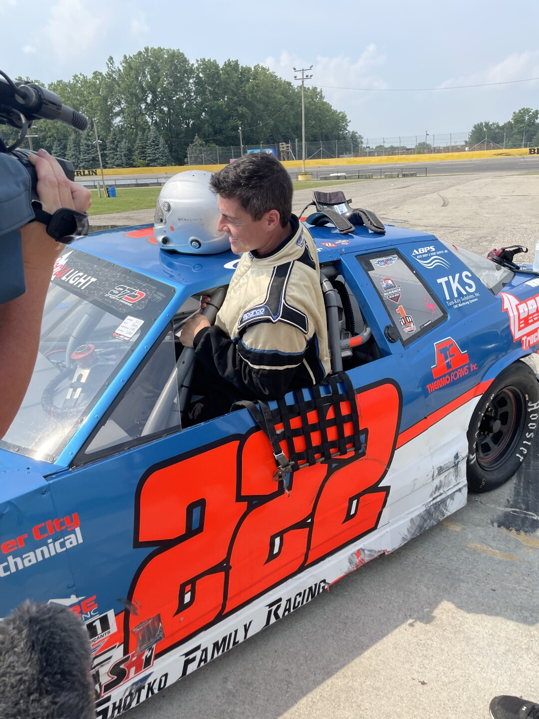 Harig climbs into the No. 222 sportsman