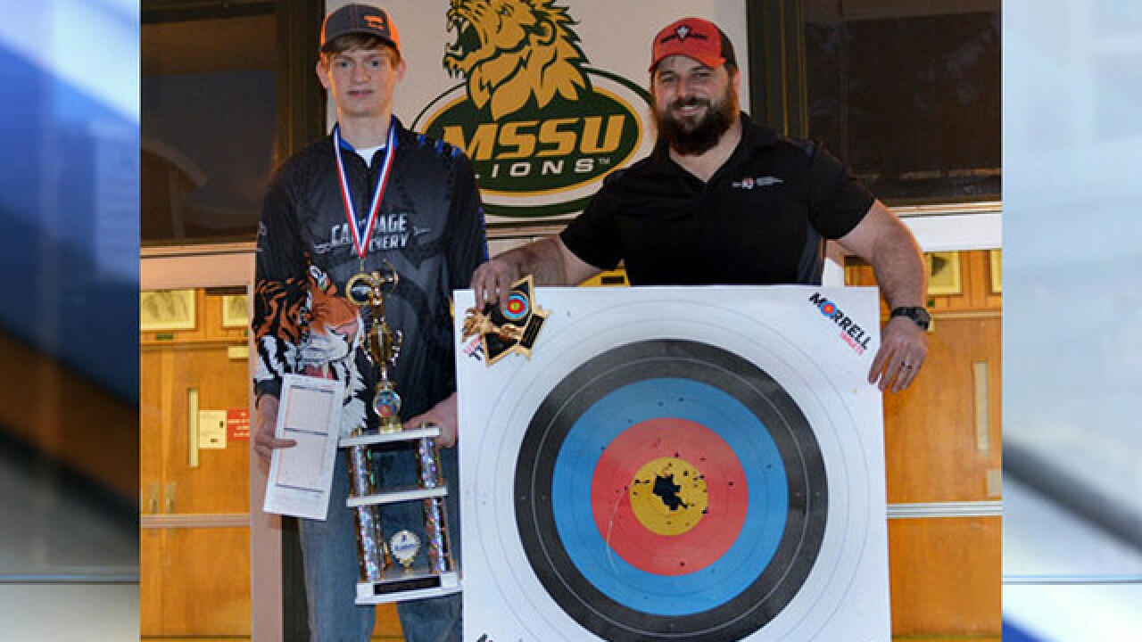 Missouri student shoots perfect score at archery competition