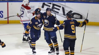 Jack Eichel scores twice in Sabres win
