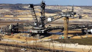 Mining generic image (Pixabay)