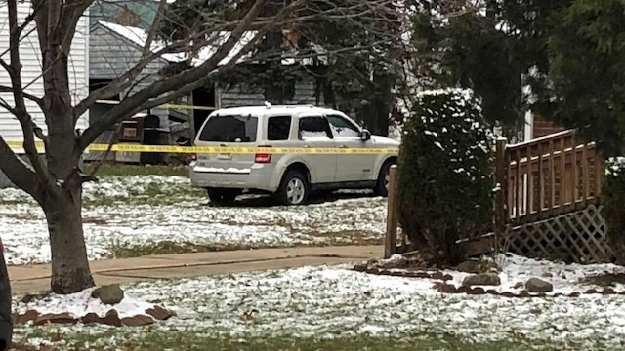 Man found shot, killed inside car in Cleveland