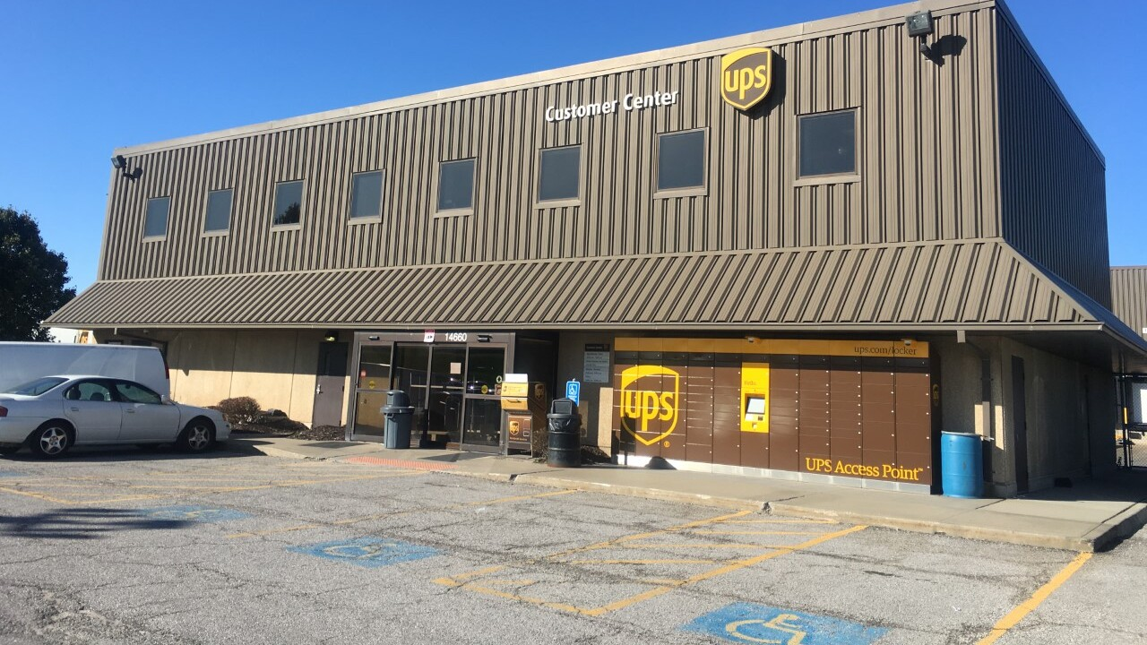UPS Lenexa Customer Center