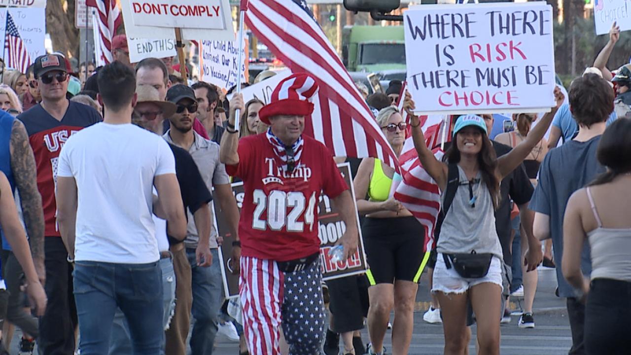 1,000+ join vaccine mandate protest on Las Vegas strip