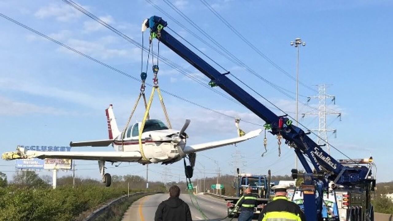 Plane crash-lands on I-75.jpg