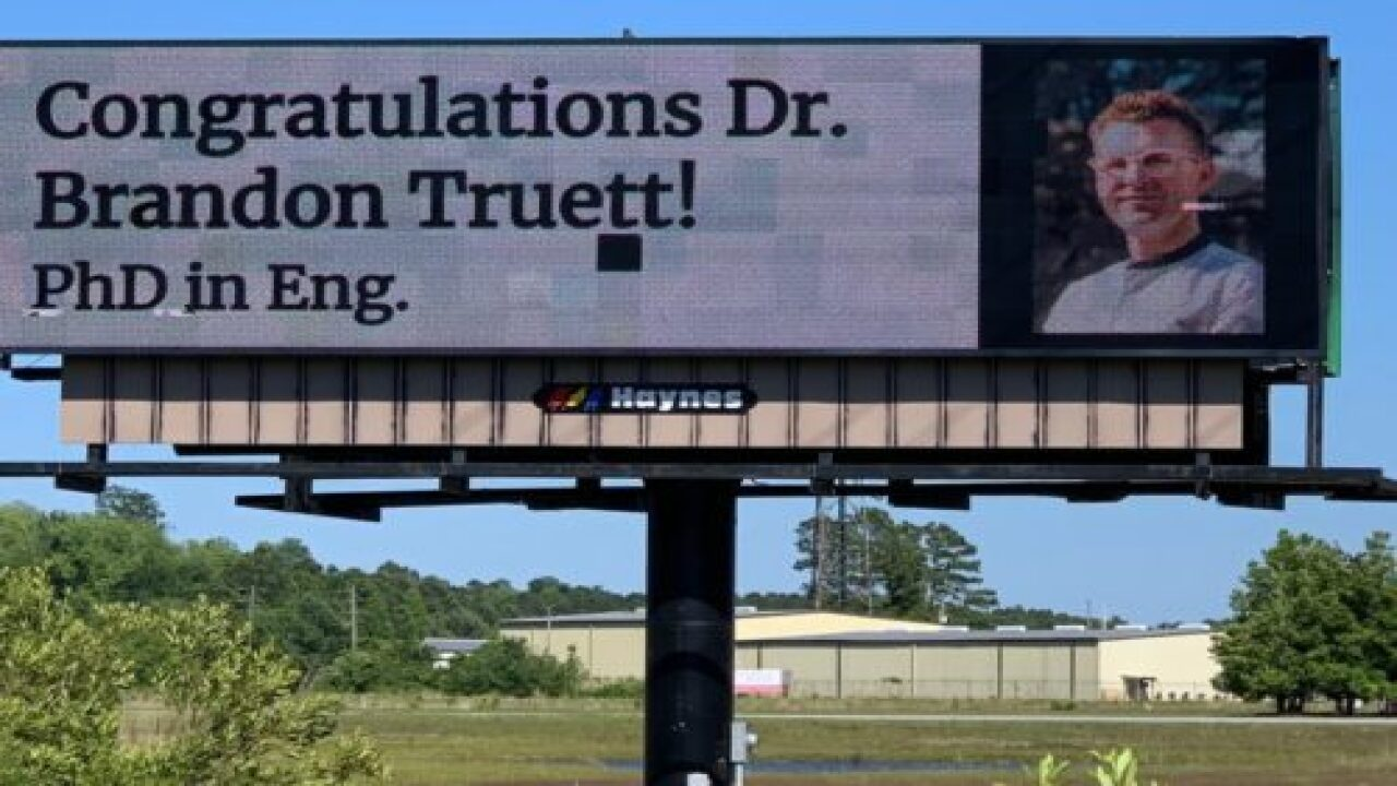 Parents Surprised Their Son With A Congratulatory Billboard After Graduation Was Canceled