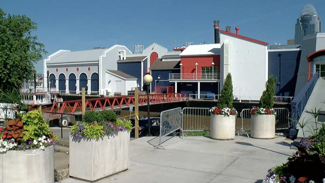 BB Riverboats event center