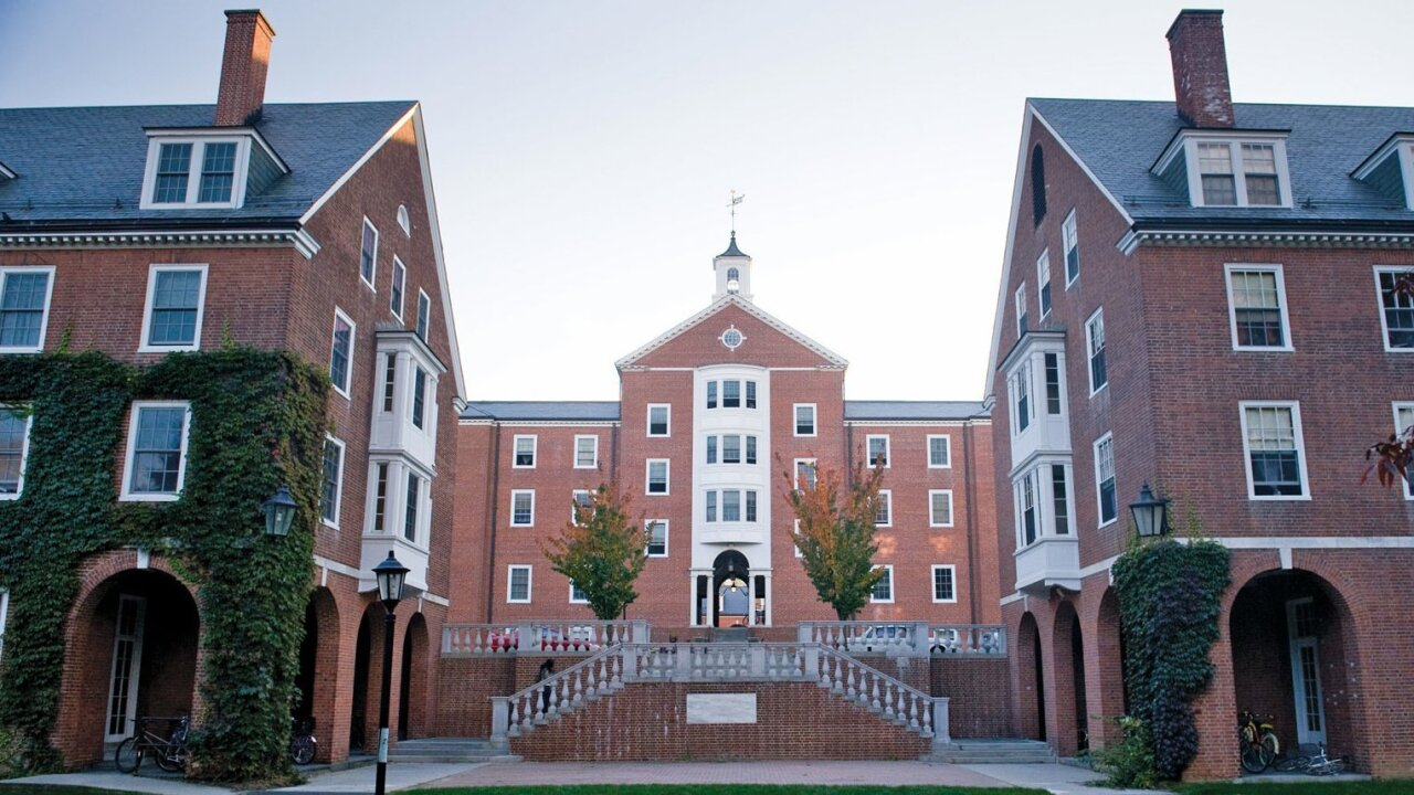 Smith College to admit transgender women