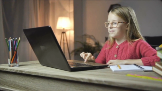 Local chiropractor gives tips on setting up virtual learning workspace for kids