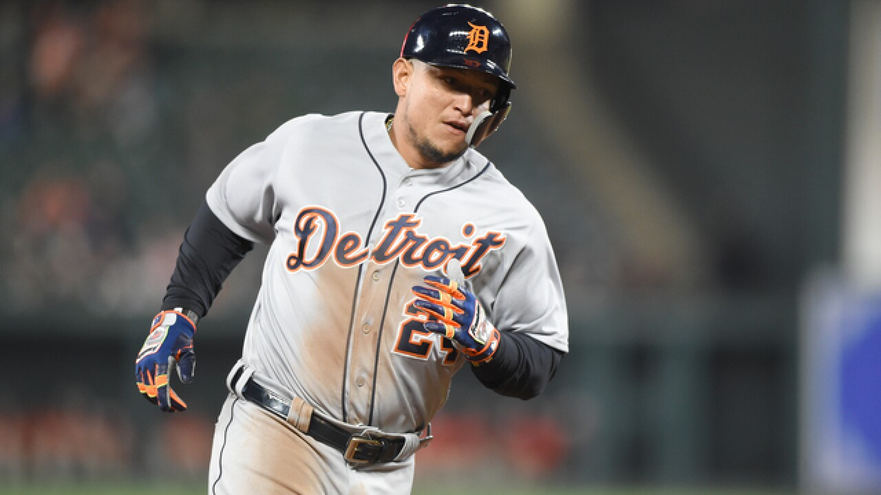 Tigers' Miguel Cabrera returns, leaves game with hamstring strain