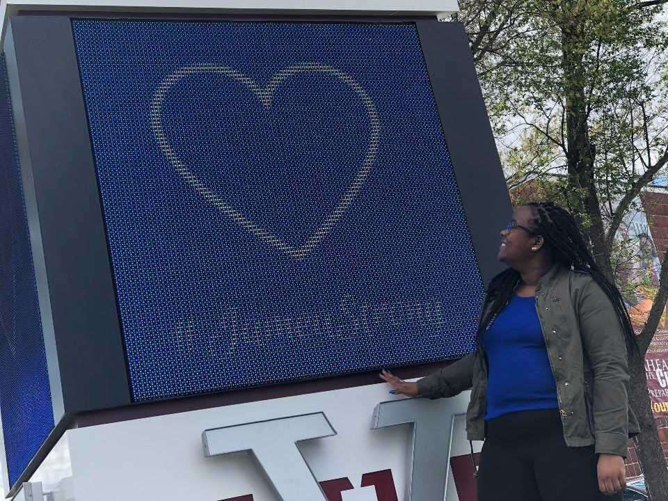 Photos: #JameaStrong: VUU rallies around student who lost parents one day apart